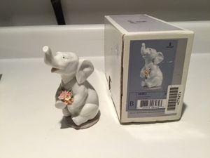 Lladro Lucky in Love porcelain figurine for Sale in Seattle, WA