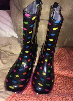 Kids rain boots size 1 for Sale in Scarsdale, NY