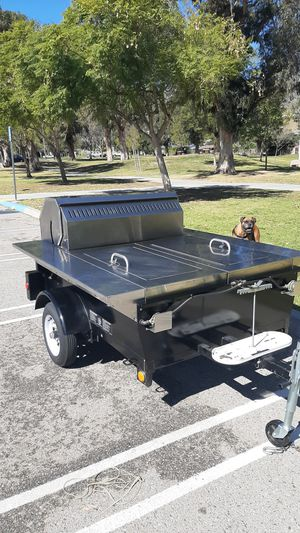Crown Verity MCB-48 Propane BBQ for Sale in Shadow Hills, CA
