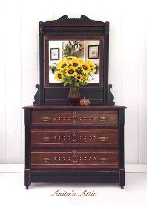 Antique Eastlake Dresser and Mirror for Sale in Glenwood, MD
