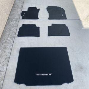$250 2018-2021 OEM Toyota Corolla Hatchback Floor Mat Set - 4 Piece + Cargo Mat for Sale in Ceres, CA