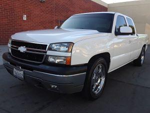2004 Chevy Silverado $6500 for Sale in Bellflower, CA