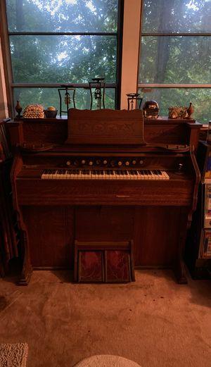 Antique Pump Organ for Sale in Georgetown, IN