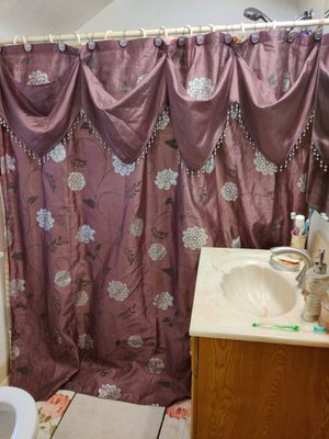 Avanti shower curtain and 3 towels that were only used for decoration but just washed gently to sell. for Sale in Pittsburgh, PA