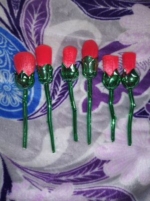 6pc rose makeup brushes for Sale in Anaheim, CA