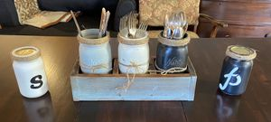 Farmhouse Flatware Holder w/Salt and Pepper for Sale in Vancouver, WA