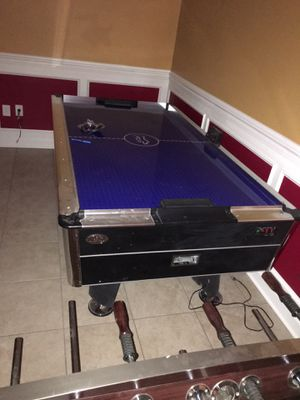 Air hockey table for Sale in Landover, MD