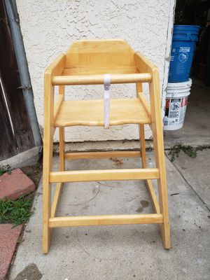 Highchair for Sale in Rancho Cucamonga, CA