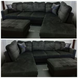 Brand New Espresso Microfiber Sectional With Storage Ottoman for Sale in Orting, WA