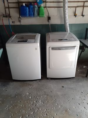 Lg smart washer and dryer for Sale in Newark, OH