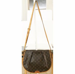 Authentic Louis Vuitton Monogram Menilmontant Crossbody Messenger Shoulder Bag for Sale in West Covina, CA