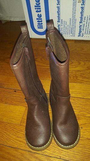 Kids girl boots size 8 for Sale in Warwick, RI
