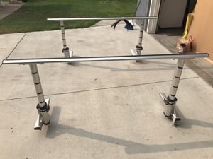 Thule Truck Xsporter Bed Rack System (model 422XT) for Sale in Santa Ana, CA