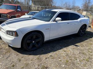 2010 Dodge Charger rt hemi 5.7 for Sale in Elyria, OH