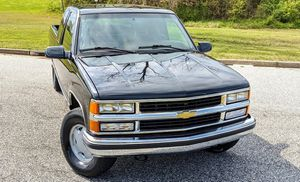 Price$8OO Chevy Silverado 1500 well kept for Sale in New York, NY