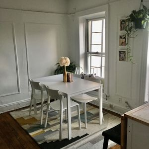 IKEA Vangsta Extendable Table And 6x Janinge Chairs for Sale in Brooklyn, NY