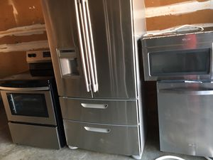 Stainless steel package fridge stove dishwasher microwave for Sale in Orlando, FL