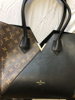 Louis Vuitton purse used for Sale in San Diego, CA