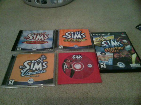 The SIMs PC-CD games to play,5pluse some have 2games inside,