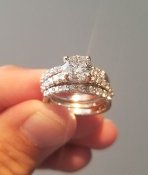 1.65 Carat Round Cut Center Diamond Ring with (2) .75 Carat Diamond Bands for Sale in Long Beach, CA