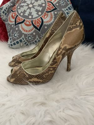 Guess Snakeskin heels for Sale in Miami, FL