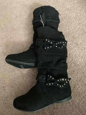 Girls boots. Sizes 13, 4 for Sale in Middleburg Heights, OH