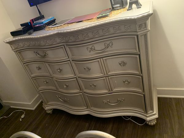 Full size princess carriage bedroom set