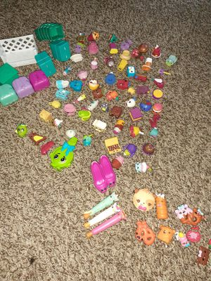 Shopkins 62 pieces bags Crate Stand +num Nom Dippers for Sale in Orlando, FL
