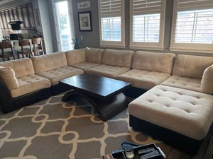 6 piece sectional with ottoman for Sale in Temecula, CA