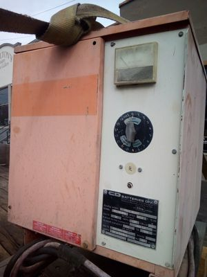 Forklift Battery charger for Sale in Tacoma, WA