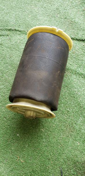 2007-2009 Bmw suspension bag for Sale in Hawthorne, CA