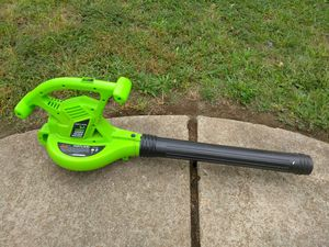 ELECTRIC LEAF BLOWER READ DETAILS for Sale in St. Louis, MO