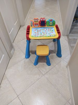 Vtech touch and learn activity desk for Sale in Fort Myers, FL