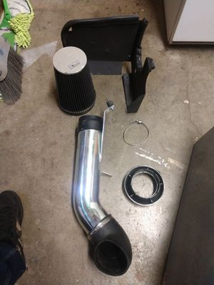 Air intake system for GMC yokun xl 5.3 for Sale in Riverside, CA