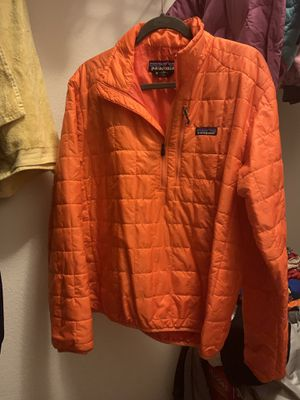 Patagonia nano puffer pullover size M for Sale in Livermore, CA