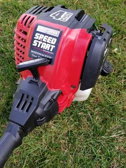 4 Stroke Craftsman weedeater With Attachment for Sale in Everett,  WA