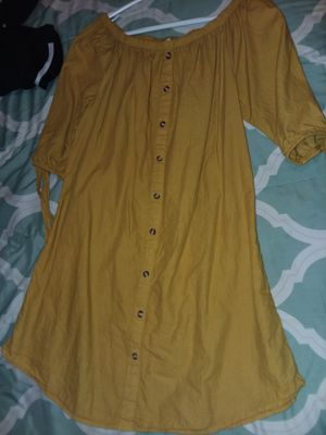 Yellow offshoulder dress for Sale in Dallas, TX