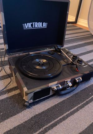 Victrola record player/Bluetooth speaker for Sale in Palos Verdes Estates, CA