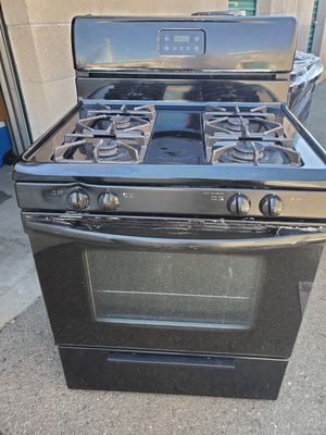 Black gas stove for Sale in Fontana, CA