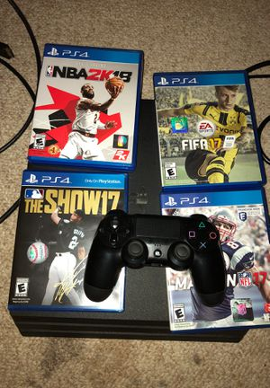 PlayStation 4 with games and controller for Sale in Tampa, FL