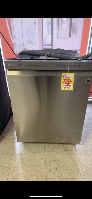 LG Front Control Dishwasher with QuadWash and EasyRack Plus model LDF5545ST ! New ! Liquidation event! for Sale in Austin, TX