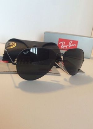 Ray Ban Aviator for Sale in Montebello, CA