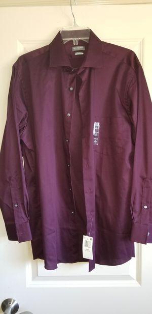 NEW Van Heusen mens longsleeve shirt Size, 16 32/33 Large for Sale in Bakersfield, CA