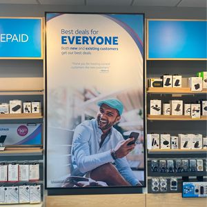 Looking To Switch Carriers? We Have Amazing Deals For New Customers! for Sale in Kearney, MO