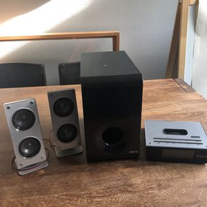 Ihome IH52B. 2.1 Home Stereo System with Sub for iPod and iPhone for Sale in Santa Monica, CA