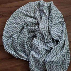Brand new Chevron print fitted crib sheet for Sale in Laurel, DE