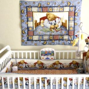 Baby Crib (includes Mattress) for Sale in Bothell, WA