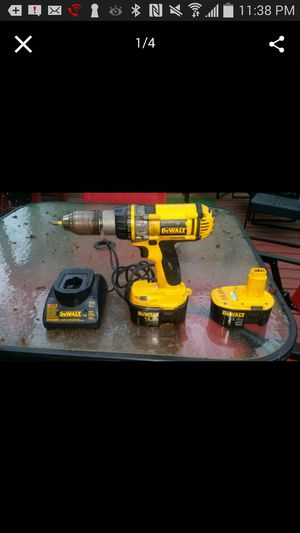 Drill with 2 batteries and changer for Sale in Alexandria, VA