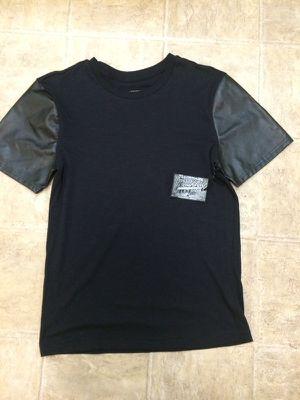 Black shirt for Sale in Sanger, CA