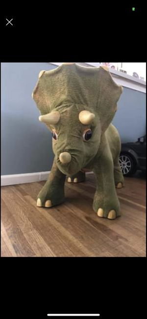 Kota the triceratops for Sale in The Bronx, NY